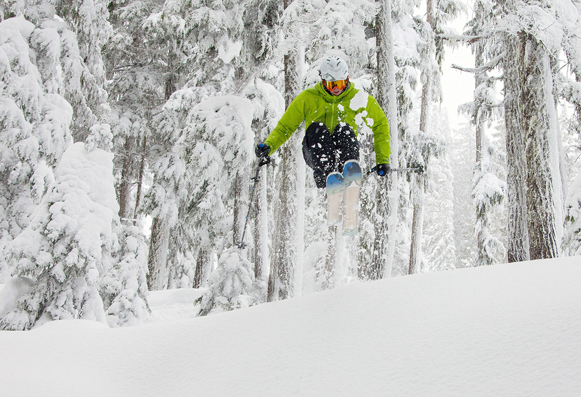 LIFT ACCESS   Single Day Tickets, Night Tickets & 6ixPak's are all available here.